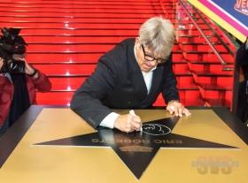 """Заложение именной звезды актера и режиссера Эрика Робертса на аллее звезд в кинотеатре """"Каро 22 Vegas"""""""
